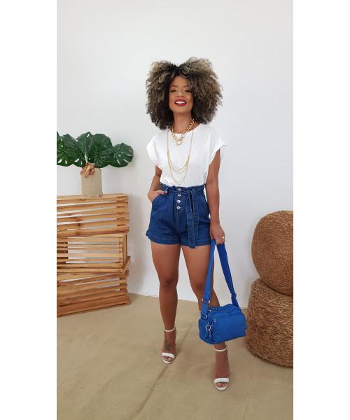Shorts Código Teen Cintura Alta com Cinto jeans e detalhe em botões